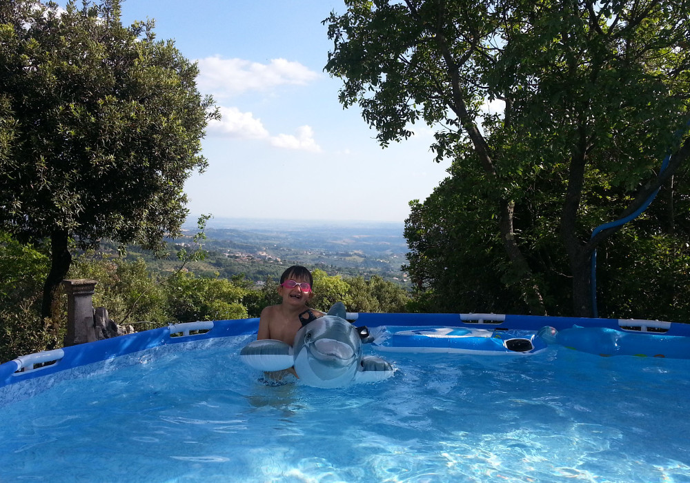 Frame pool - villa rental near Rome