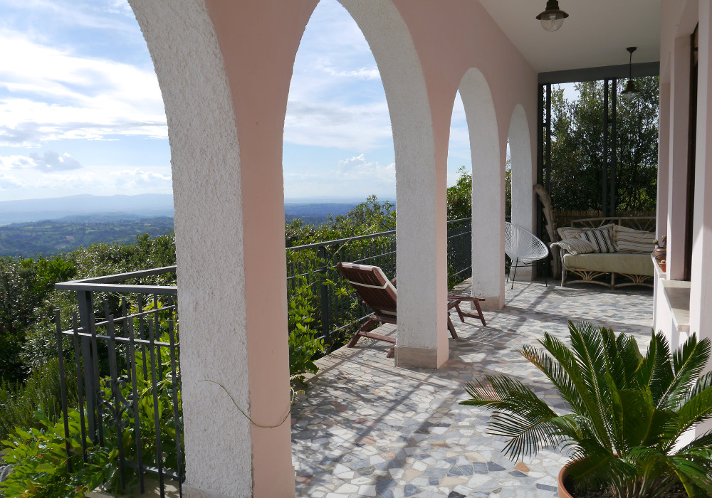 Porch - Holiday villa for rent near Rome