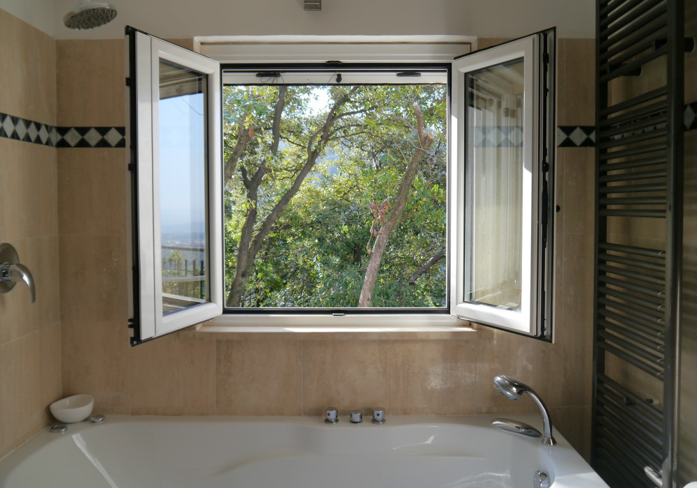 Bathroom - Holiday villa to rent near Rome